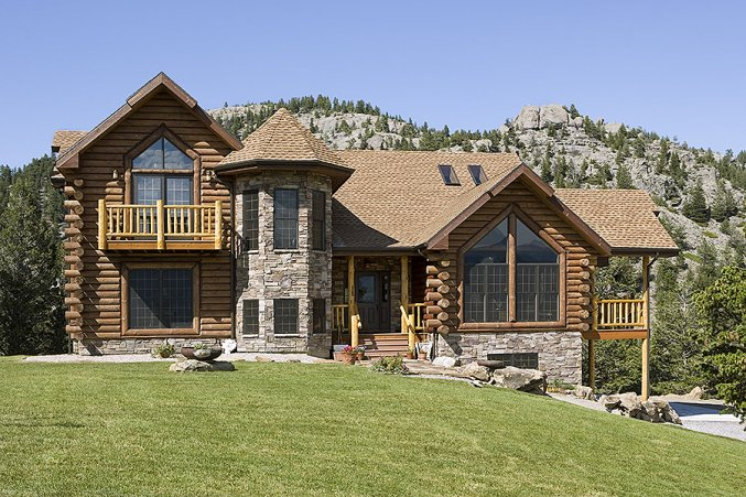 Log home in Montana