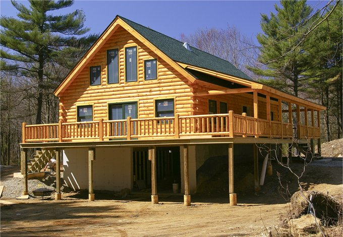Log Home With Large Porch Log Homes Lifestyle