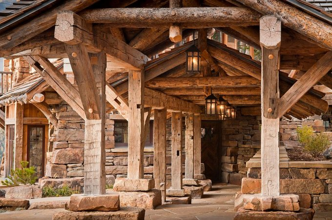 Dancing Hearts log home entrance