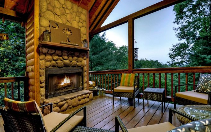Mountain retreat porch