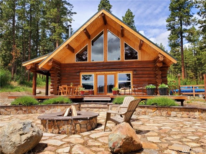 Fir log home