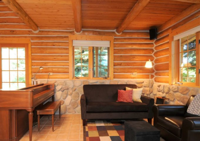 Hillside log cabin