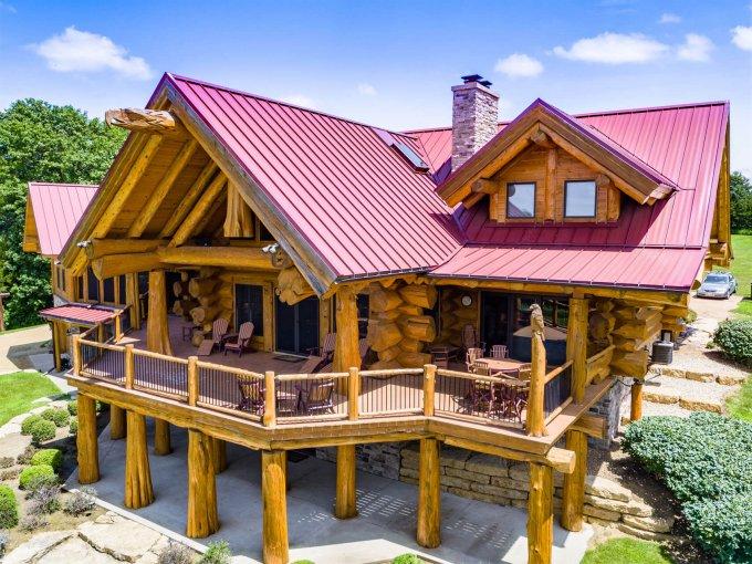 Luxury log home